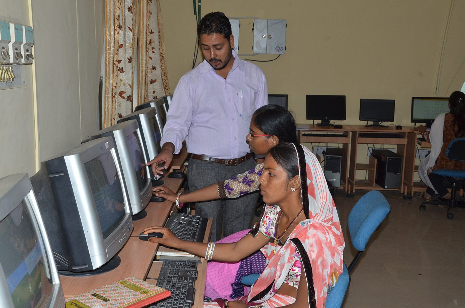 Data Entry Sakhi Training on MIS